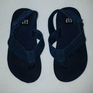 Toddler boys Gap NAVY blue flip flops/sandles